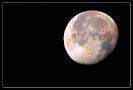 Ist der Mond bunt?